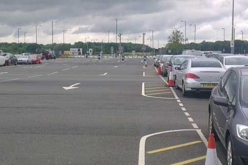Doncaster-Airport-Premium-Parking-Entrance