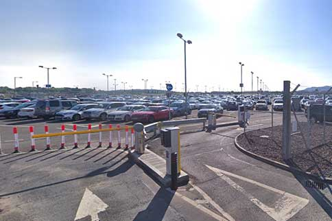 Edinburgh-Airport-Mid-Stay-Entrance-Barrier