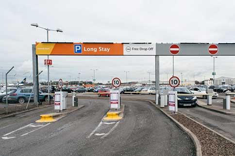 Edinburgh-Airport-Long-Stay-Entrance