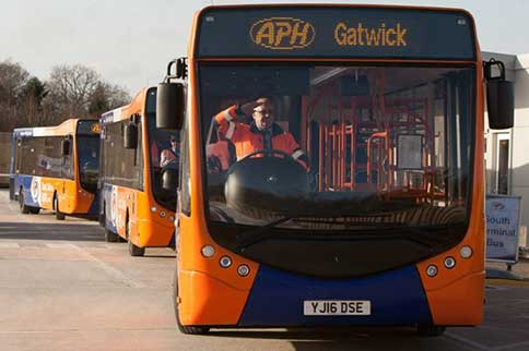 APH-Gatwick-Airport-Park-and-Ride-Transfer-Fleet