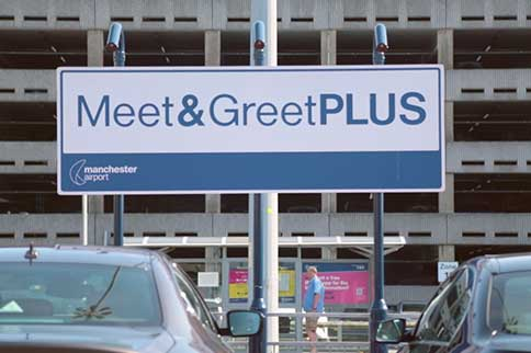 Manchester-Airport-Terminal3-Meet-and-Greet-Plus-Signage