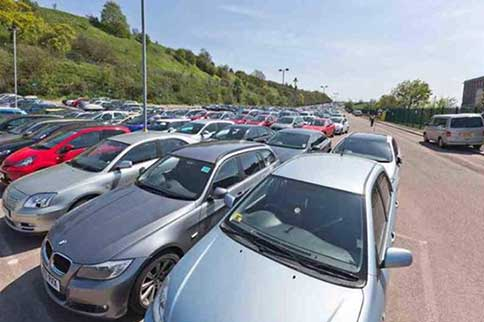 Luton-Swift-Parking-Meet-and-Greet-Car-Park-Spaces