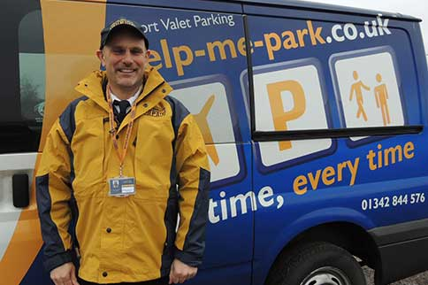 Luton-Help-Me-Park-Park-and-Ride-Driver