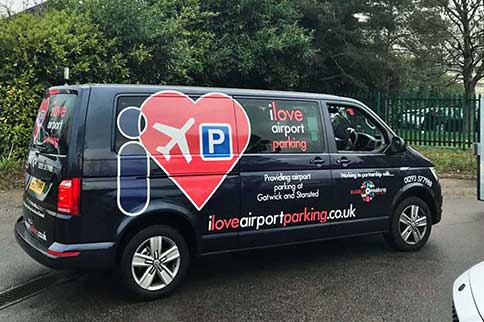 Gatwick-Airport-I-Love-Park-and-Deliver-Vehicle