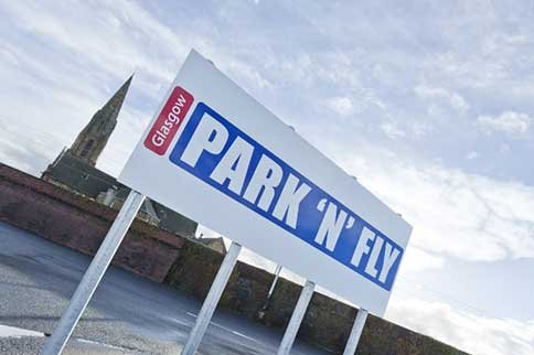 Glasgow-Park-n-Fly-Park-and-Ride-Signage