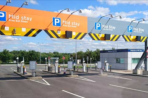 Stansted-Airport-Mid-Stay-Parking-Entrance-Barrier