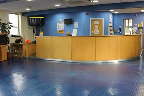 Manchester-Airport-APH-Park-and-Ride-Reception