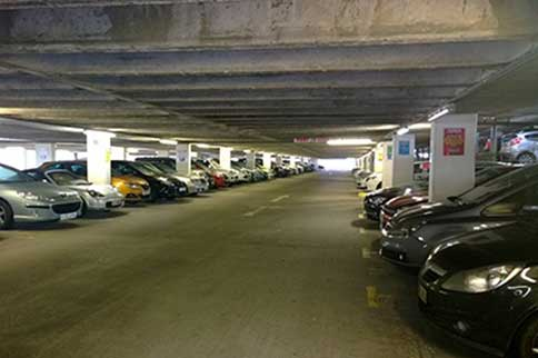 Manchester-Airport-Skypark-Indoor-Park-and-Ride-Spaces