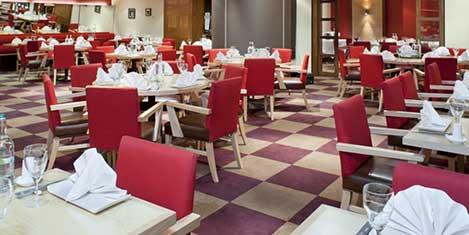 LHR Holiday Inn M4 Dining