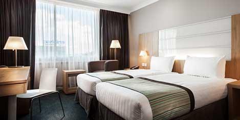 LHR Park Inn Room
