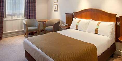 MAN Britannia Airport Inn Room