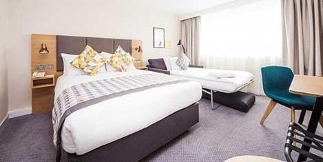 LGW Holiday Inn Hotel Room