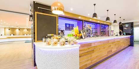 LGW Holiday Inn Hotel Breakfast Buffet