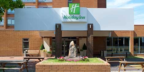 LGW Holiday Inn Hotel Exterior