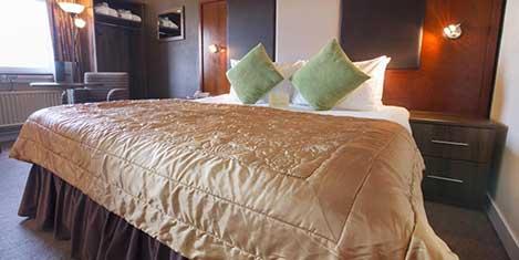 GLA-Normandy-Hotel-Room