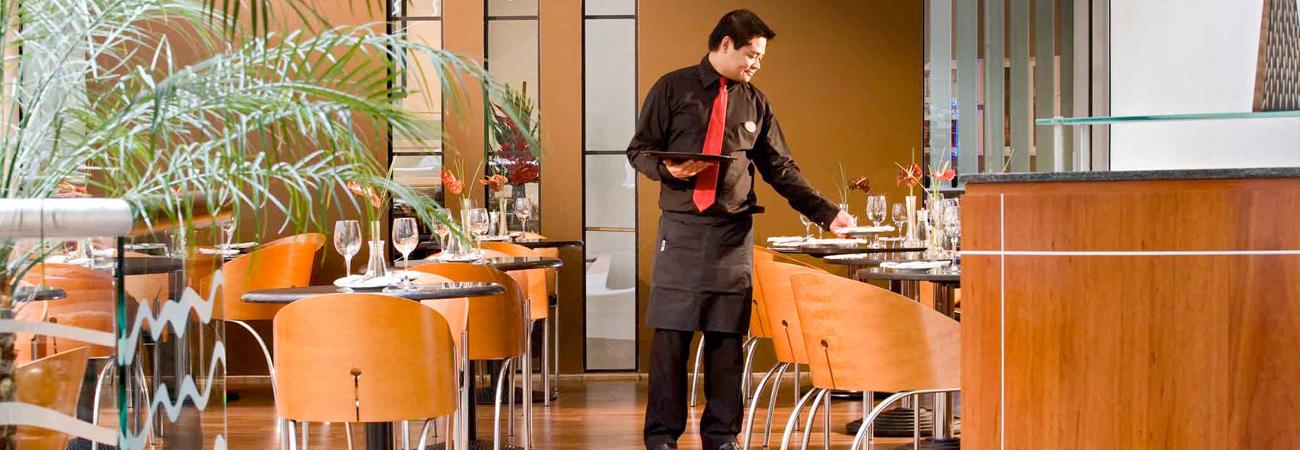 Gatwick Sofitel Hotel dining