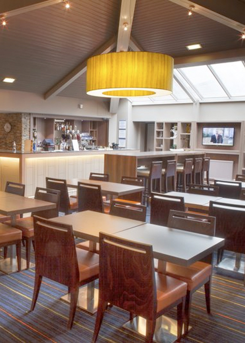 Edinburgh Holiday Inn Express with Parking restaurant